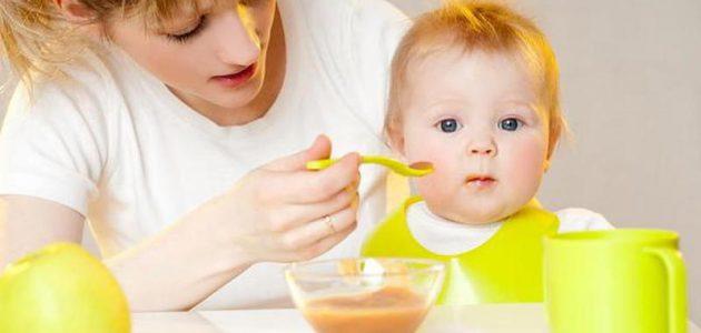 أسوأ أنواع الطعام التي يمكن لطفلي أن يتناولها